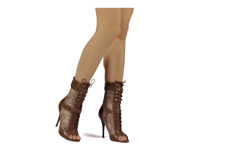 guess orambi 2 vert bottines et boots chez sarenza 61069. Black Bedroom Furniture Sets. Home Design Ideas