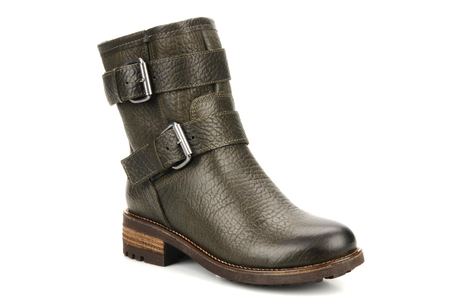 bertie neci ankle boots in green at sarenza co uk 78092