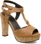 Tila March Plateform sandal t-bar
