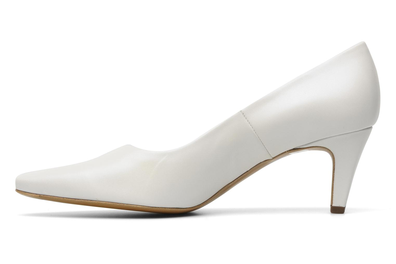 peter kaiser manolo high heels in white at 121462. Black Bedroom Furniture Sets. Home Design Ideas
