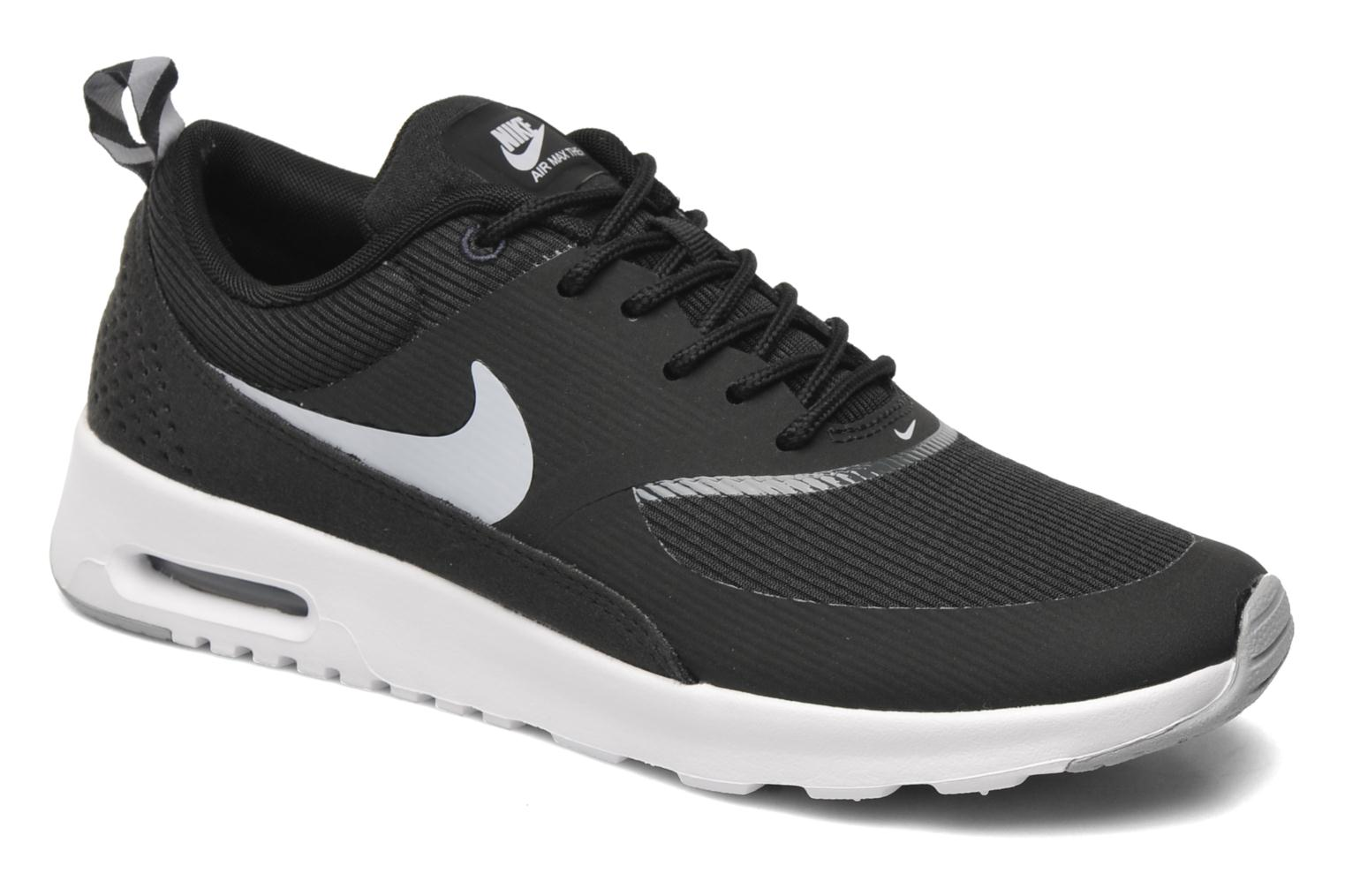 nike wmns nike air max thea trainers in black at sarenza. Black Bedroom Furniture Sets. Home Design Ideas