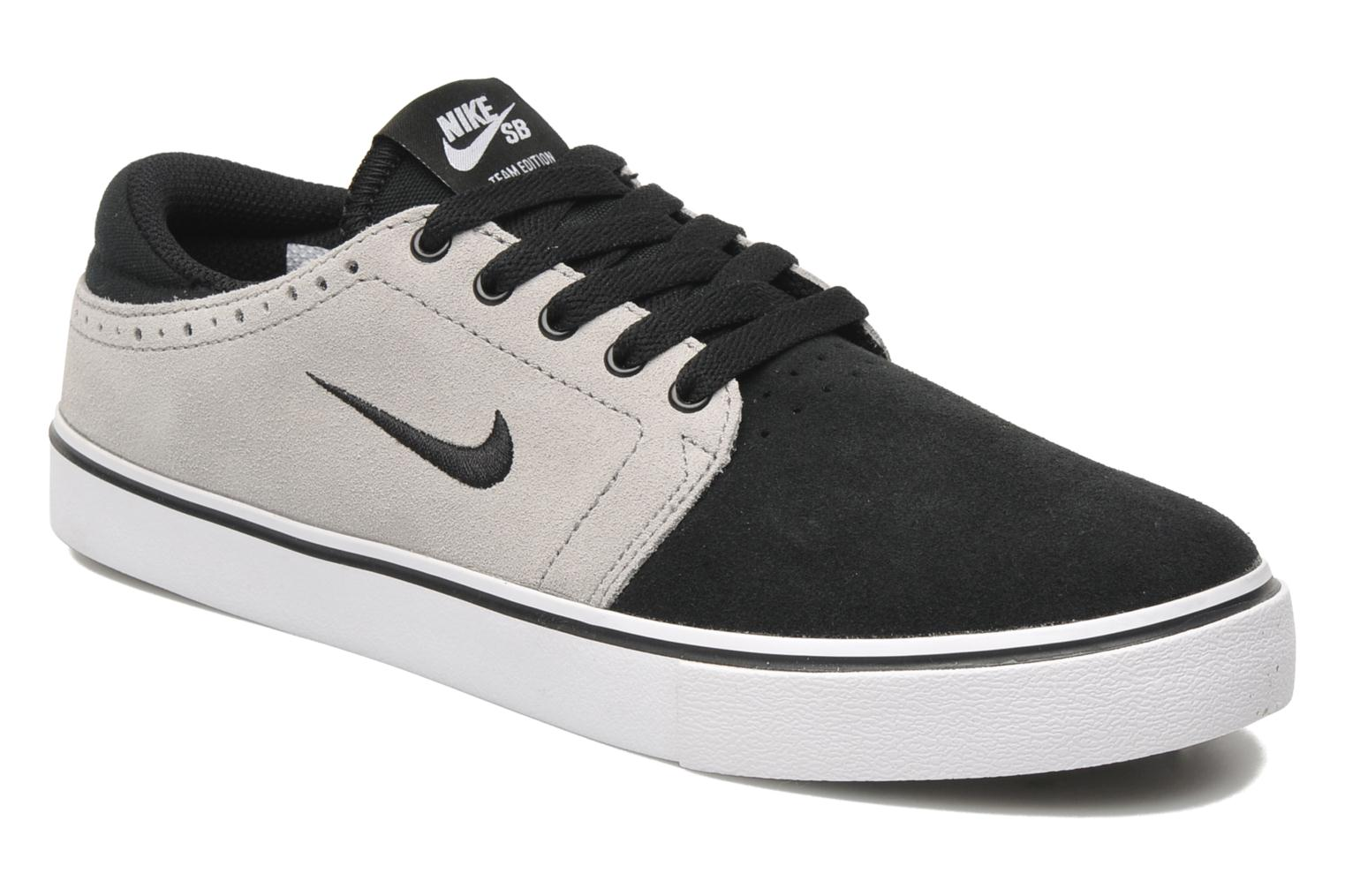 nike nike sb team edition noir baskets chez sarenza 182182. Black Bedroom Furniture Sets. Home Design Ideas