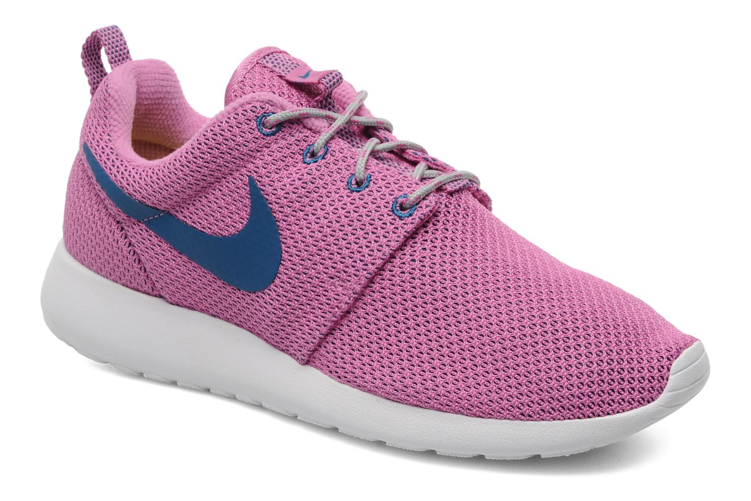 nike roshe run lila