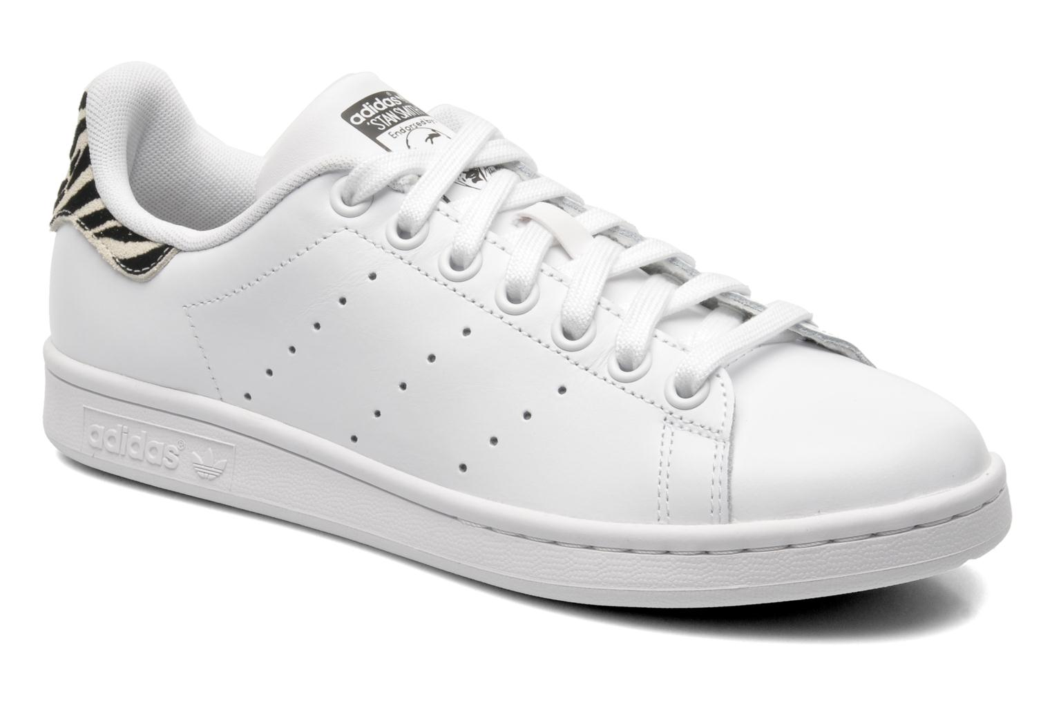 adidas originals stan smith w trainers in white at 210398. Black Bedroom Furniture Sets. Home Design Ideas