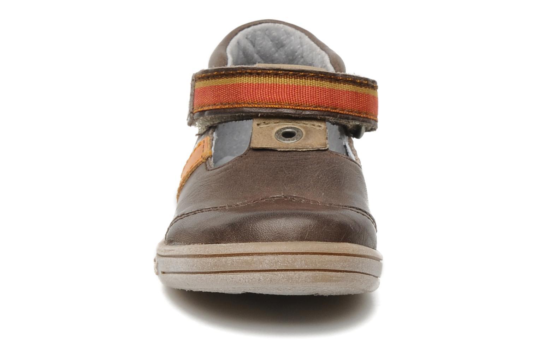 Schoenen met klitteband Kickers Teo Bruin model