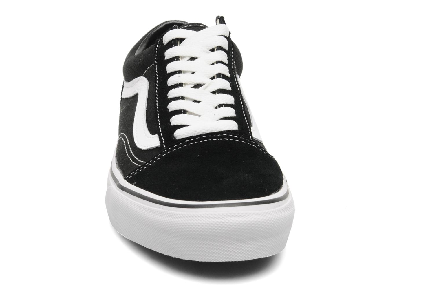 Trainers Vans Old Skool Black model view