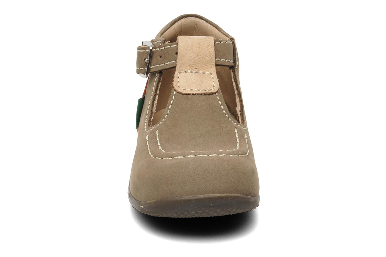 Bottines d'été Kickers Bonbek Marron vue portées chaussures