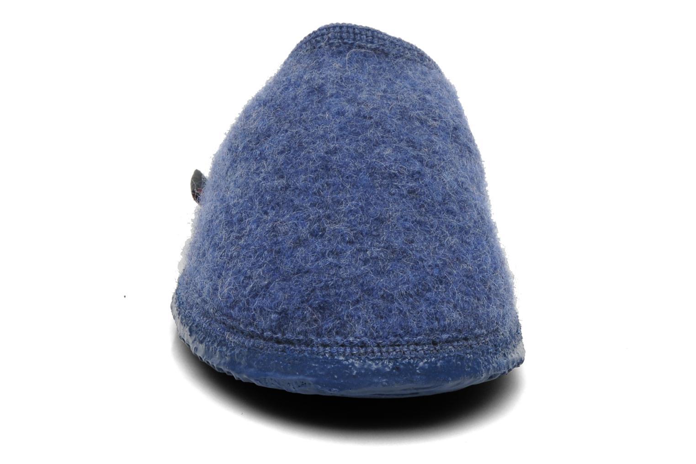 Tofflor Giesswein Tino Blå bild av skorna på