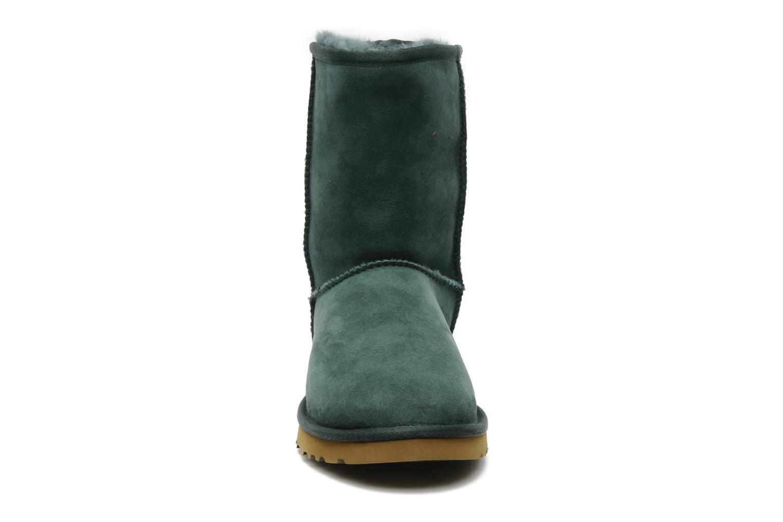 Bottines et boots UGG Classic Short Vert vue portées chaussures