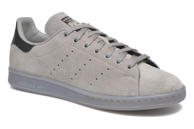 Baskets Adidas Originals Stan Smith Gris vue détail/paire