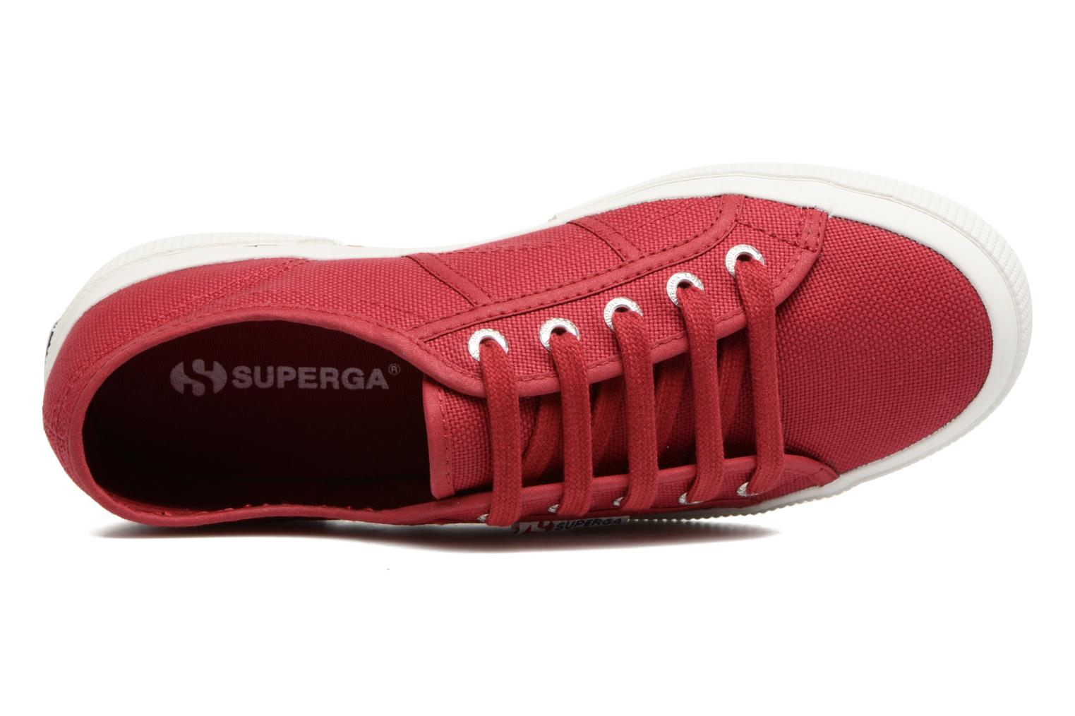 Trainers Superga 2750 Cotu W Red view from the left