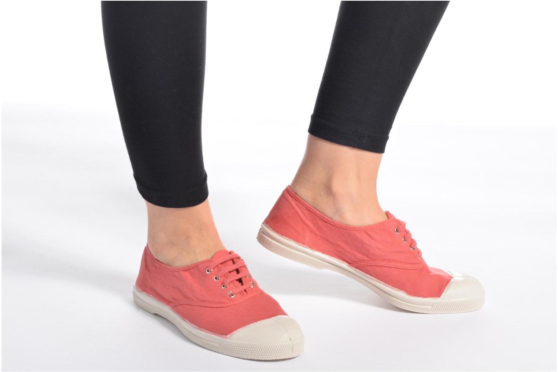 Sneaker Bensimon Tennis Lacets lila ansicht von unten / tasche getragen