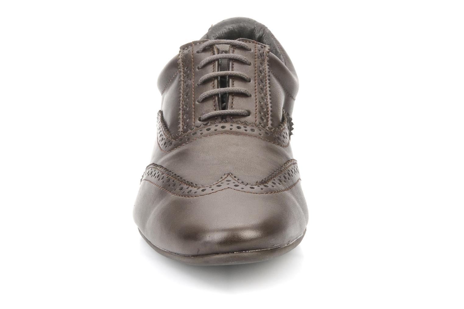 Lace-up shoes Schmoove Jamaica Corso Easy Brown model view