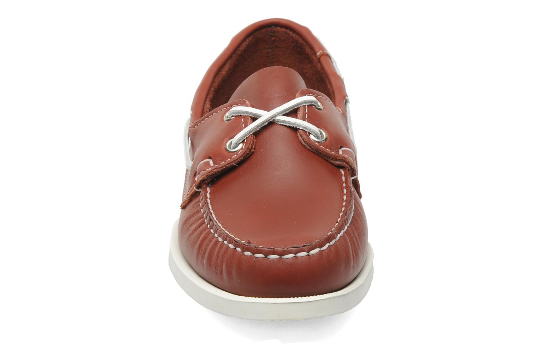 Scarpe con lacci Sebago Docksides M Rosso modello indossato