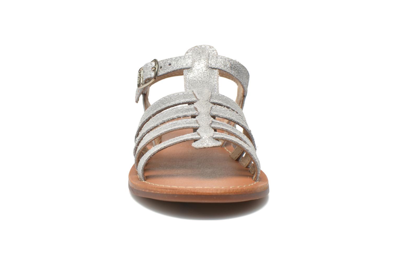 Sandalen Aster Vibride silber schuhe getragen