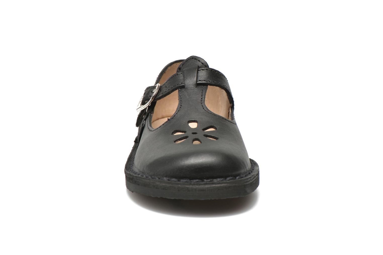 Ballerines Aster Dingo Noir vue portées chaussures