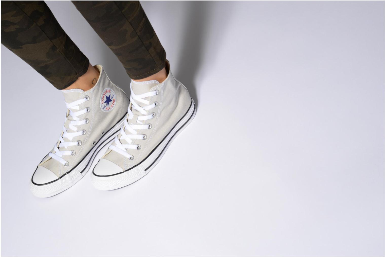 Sneaker Converse Chuck Taylor All Star Hi W beige ansicht von unten / tasche getragen