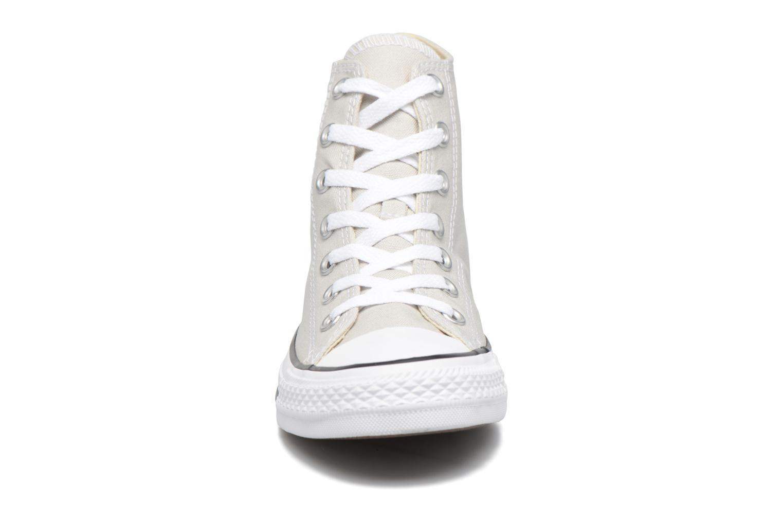 Sneakers Converse Chuck Taylor All Star Hi W Beige modello indossato