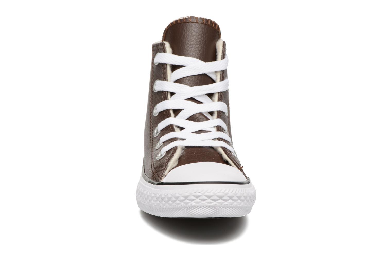 Baskets Converse Chuck Taylor All Star Hi K Marron vue portées chaussures