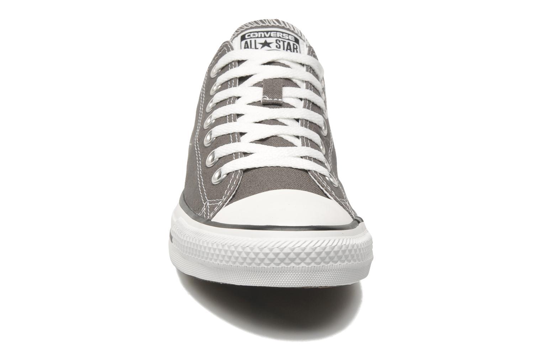 Sneakers Converse Chuck Taylor All Star Ox M Grå se skoene på