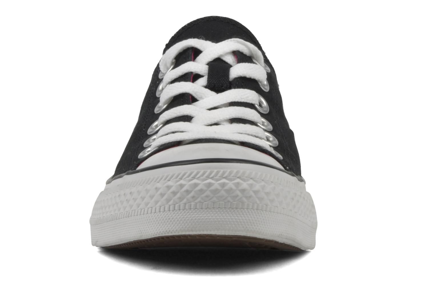 Sneakers Converse Chuck Taylor All Star Double Tongue Ox Sort se skoene på