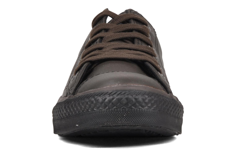 Sneakers Converse Chuck Taylor All Star Soft Leather Ox W Nero modello indossato