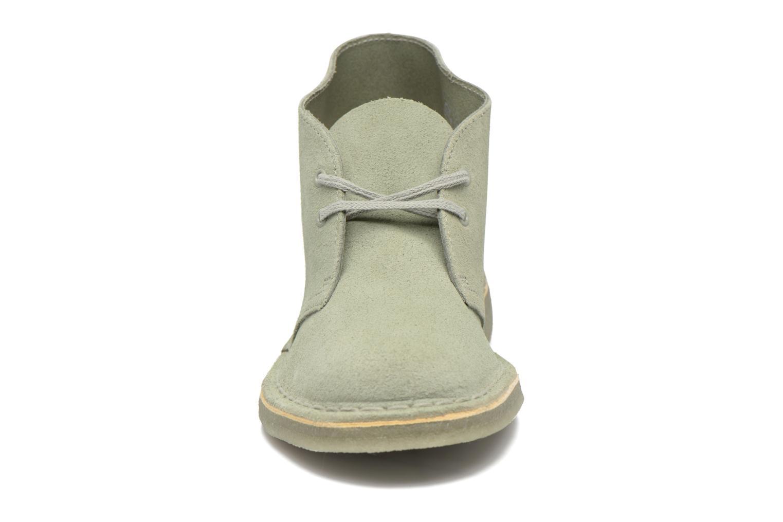 Chaussures à lacets Clarks Desert Boot W Vert vue portées chaussures