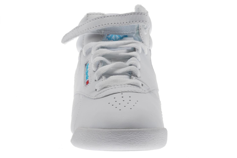 Baskets Reebok Freestyle Hi Blanc vue portées chaussures