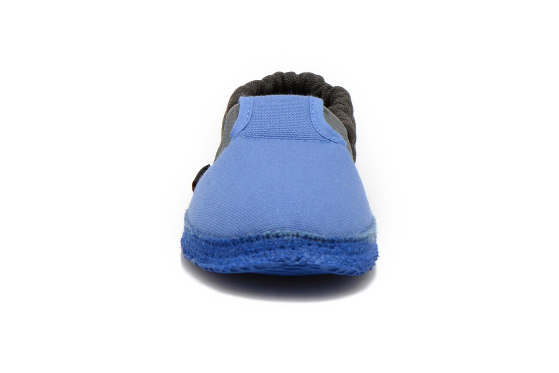 Hausschuhe Giesswein Aichach blau schuhe getragen