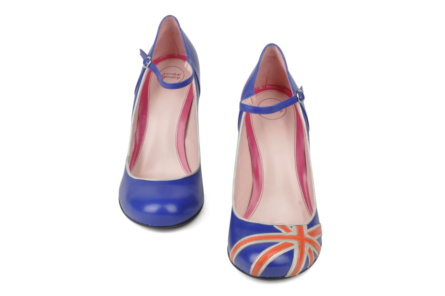 High heels Annabel Winship Expistol Blue view from underneath / model view
