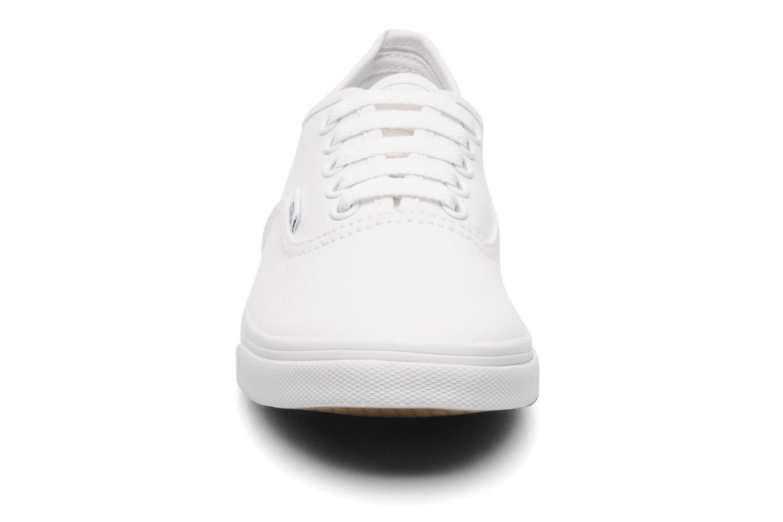Baskets Vans Authentic Lo Pro W Blanc vue portées chaussures