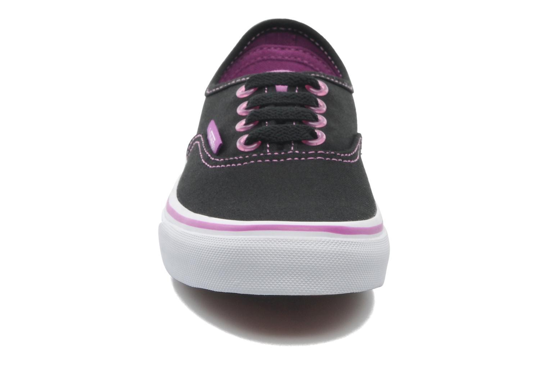 Baskets Vans Authentic BB Noir vue portées chaussures