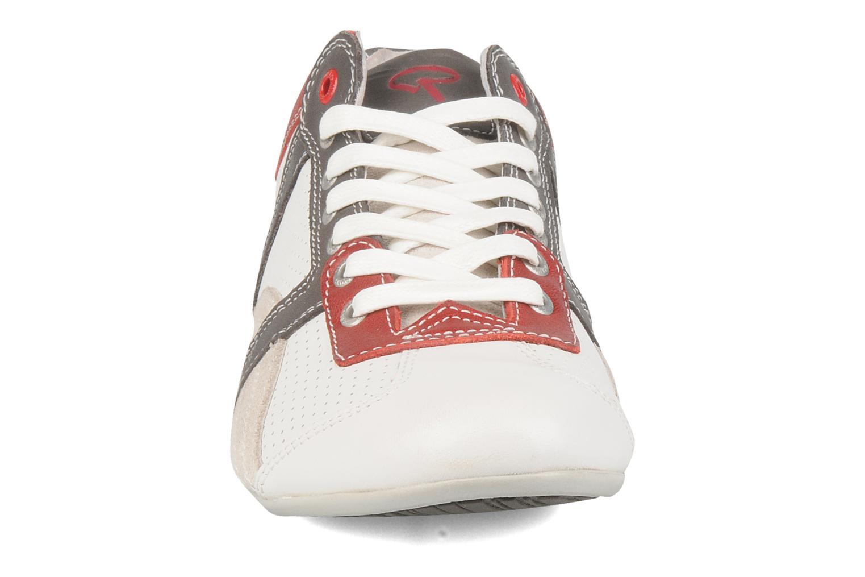 Baskets Redskins Trak Blanc vue portées chaussures