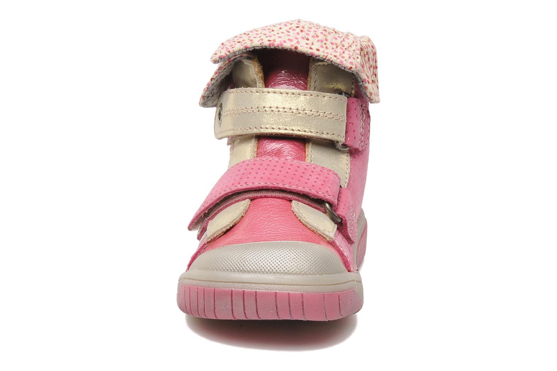 mit Klettverschluss Babybotte Acteur rosa schuhe getragen