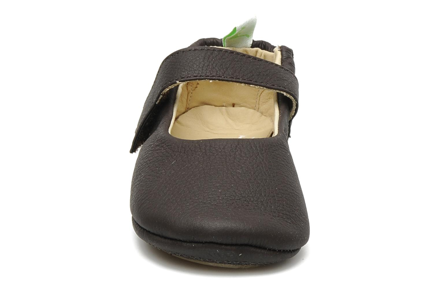 Ballerines Tip Toey Joey Dolly Marron vue portées chaussures