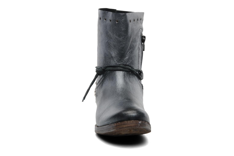 Bottines et boots Khrio Berta Noir vue portées chaussures
