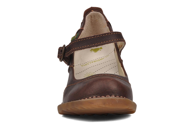 Escarpins El Naturalista Duna No521 Marron vue portées chaussures