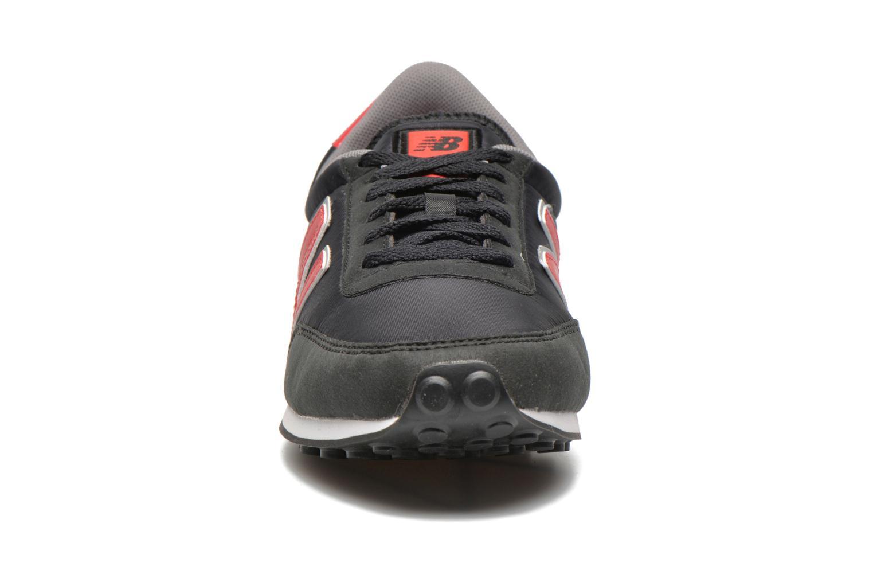 Sneaker New Balance U410 schwarz schuhe getragen