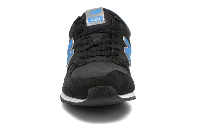 Sneaker New Balance U420 schwarz schuhe getragen