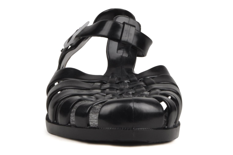 Sportssko Méduse Sun M Sort se skoene på