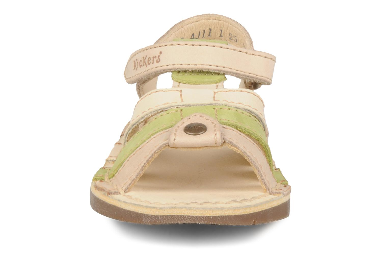 Sandales et nu-pieds Kickers Woops Beige vue portées chaussures