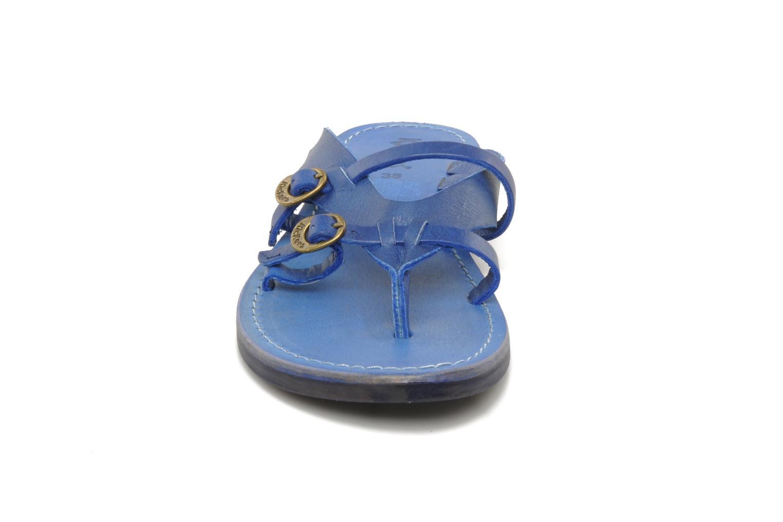 Sandalen Kickers Dilight blau schuhe getragen