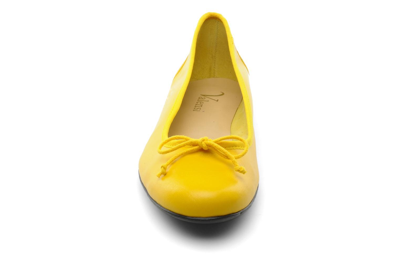Ballerines Valensi Vega Jaune vue portées chaussures