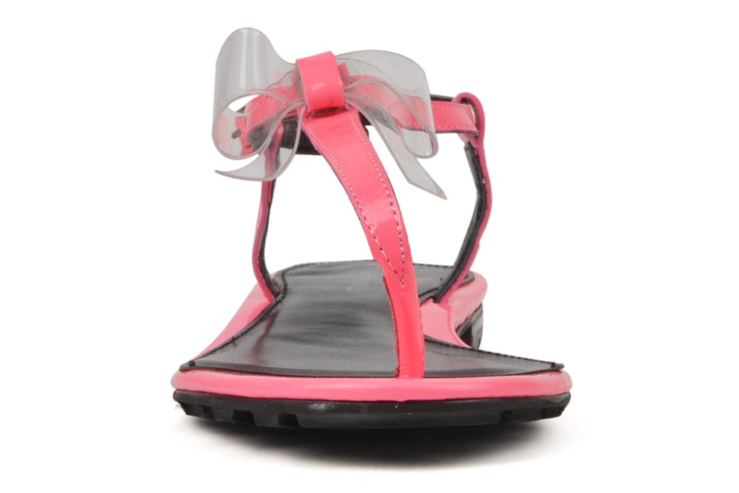 Sandals Mellow Yellow Hektok Pink model view