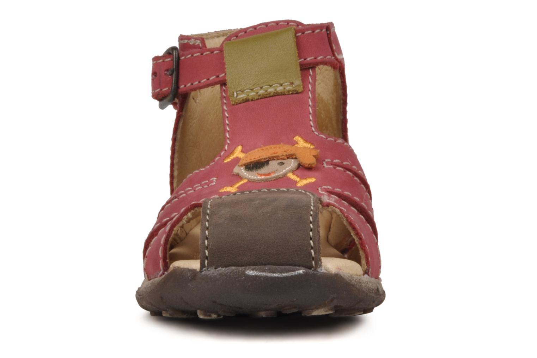 Sandalen Bopy Porsair rot schuhe getragen