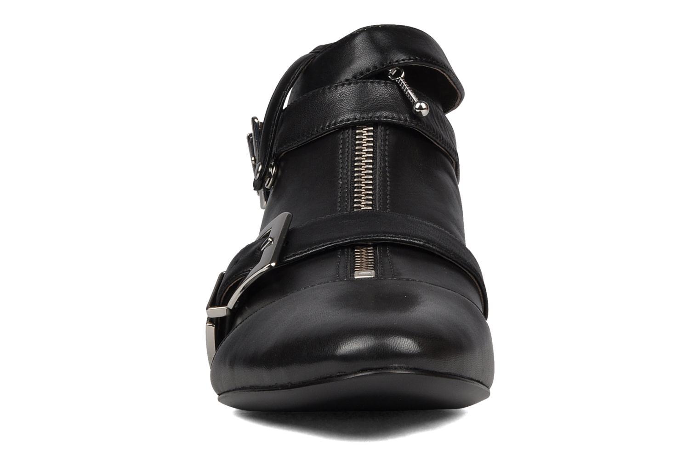 Bottines et boots Belle Guam Noir vue portées chaussures
