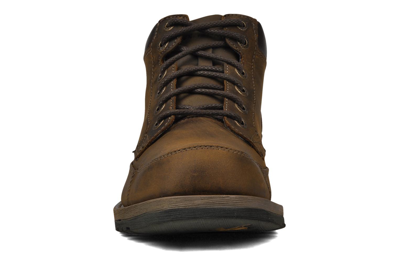 Chaussures à lacets Skechers Shockwaves Regions 61737 Marron vue portées chaussures