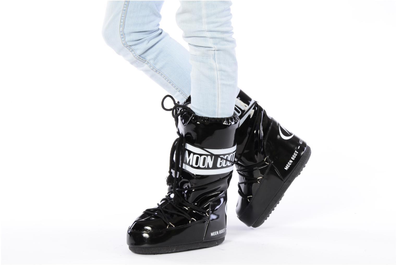Chaussures de sport Moon Boot Vinil Rouge vue bas / vue portée sac
