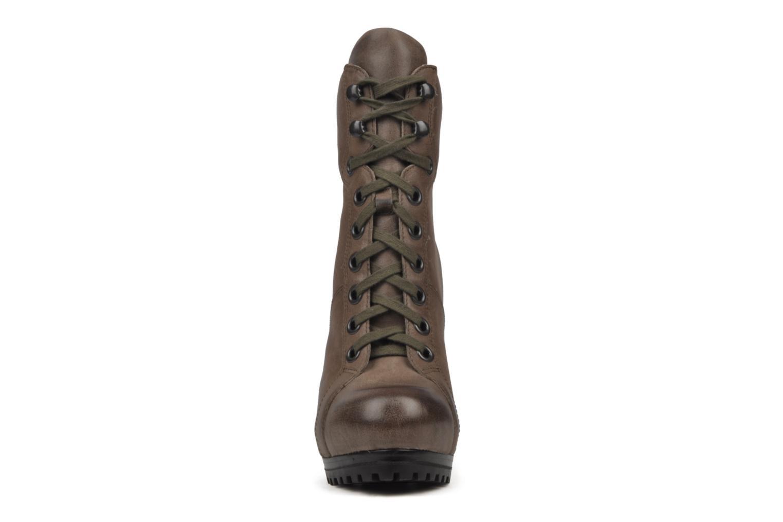 Bottines et boots Ash Patty Marron vue portées chaussures