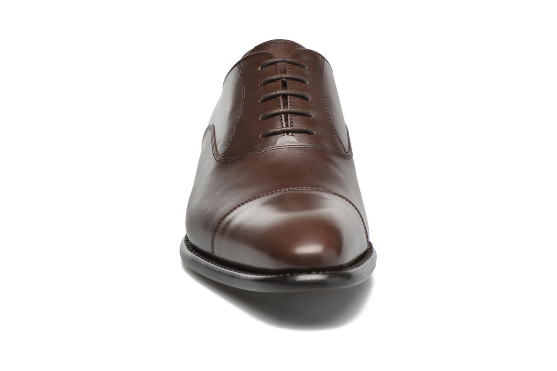 Chaussures à lacets Finsbury Consul Marron vue portées chaussures